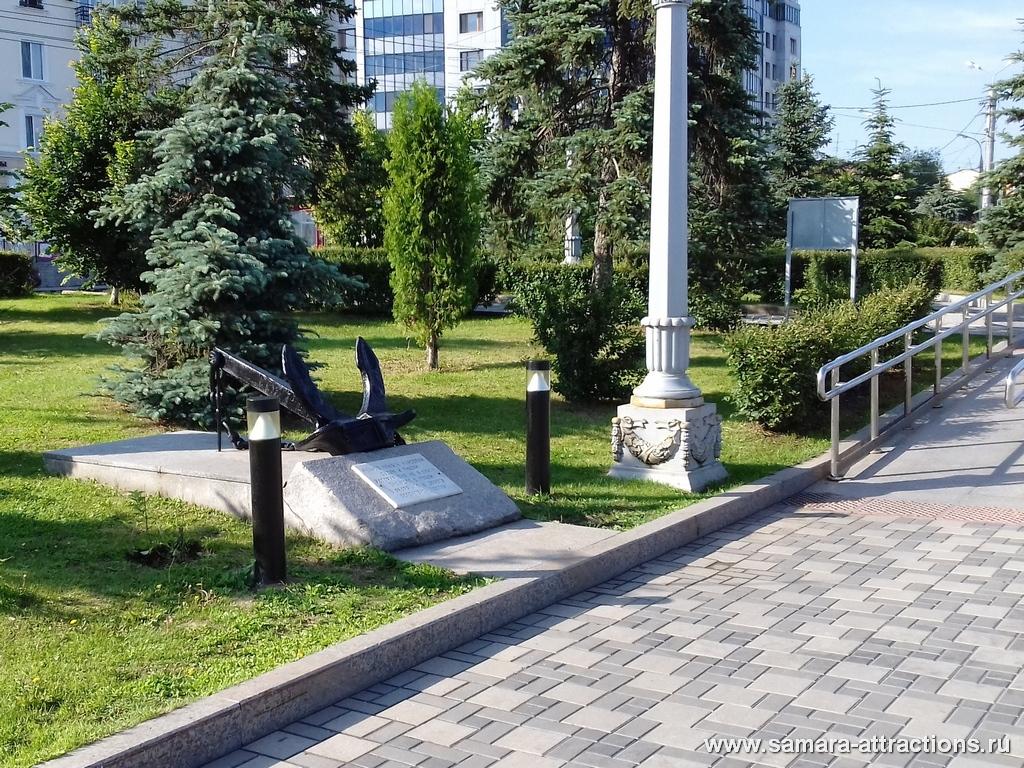 Памятник речникам, погибшим в Великой отечественной войне