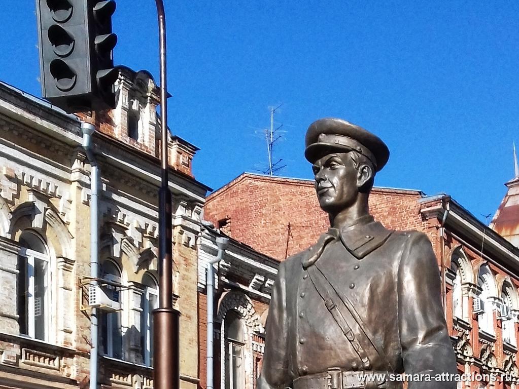 Скульптура Дядя Степа в Самаре