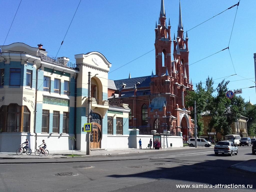 Храм Пресвятого Сердца Иисуса (Польский костел)